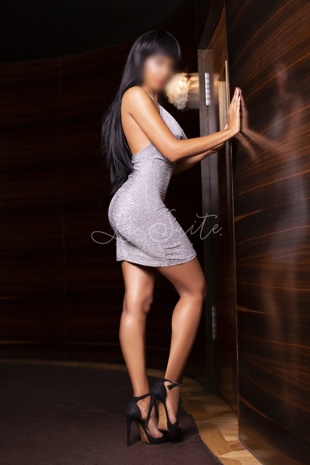 Latin VIP escort in Barcelona for girlfriend experience, gray dress, Jessica
