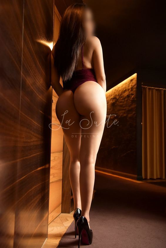 Isabella: Sexy Latina escort in Barcelona for orgy, wearing a body