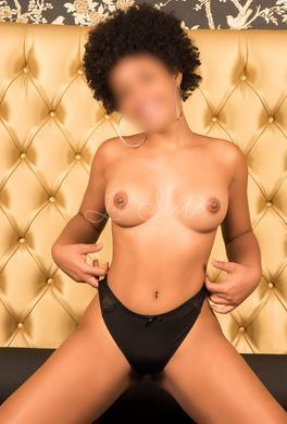 Escorte dominicaine sexy de 18 ans