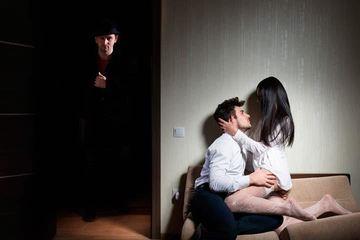 Trio sesso due uomini una donna pornostar che possono schizzare